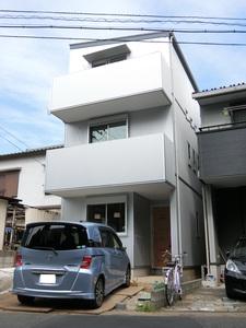 建築中の猫と暮らす家