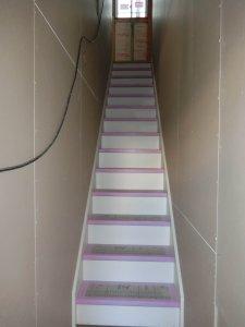 内装 階段